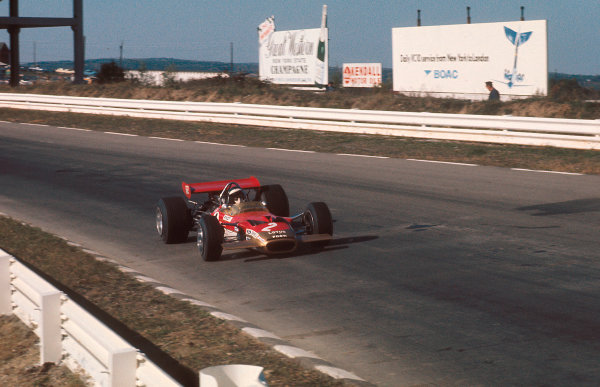 1969 United States Grand Prix.Watkins Glen, New York, USA.3-5 October 1969.Jochen Rindt (Lotus 49B Ford) 1st position and his maiden Grand Prix win.Ref-69 USA 76.World Copyright - LAT Photographic