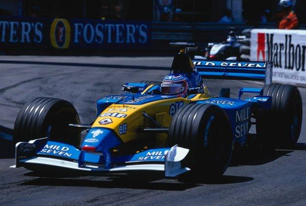 2002 Monaco Grand Prix.Monte Carlo, Monaco. 23-26 May 2002.Jarno Trulli (Renault R202) 4th position.Ref-02 MON 39.World Copyright - LAT Photographic