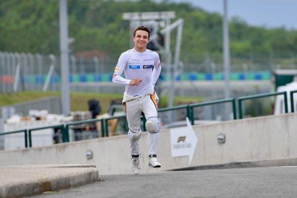 Lando Norris (GBR) McLaren runs