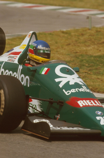 Mexico City, Mexico.10-12 October 1986.Gerhard Berger (Benetton B186 BMW) 1st position for his maiden Grand Prix win.Ref-86 MEX 12.World Copyright - LAT Photographic