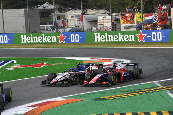 Guilherme Samaia (BRA, Charouz Racing System), battles with Bent Viscaal (NLD, Trident)