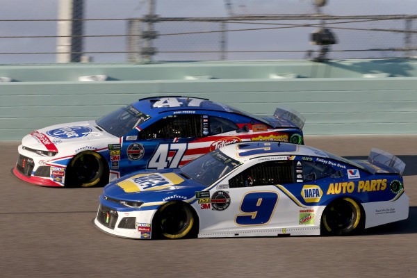 #9: Chase Elliott, Hendrick Motorsports, Chevrolet Camaro NAPA AUTO PARTS #47: Ryan Preece, JTG Daugherty Racing, Chevrolet Camaro Kroger