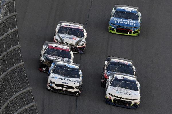 #6: Ryan Newman, Roush Fenway Racing, Ford Mustang Koch Industries and #3: Austin Dillon, Richard Childress Racing, Chevrolet Camaro