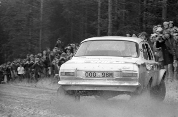 Roger Clark / Tony Mason, Ford Escort RS 16000 Mk1.