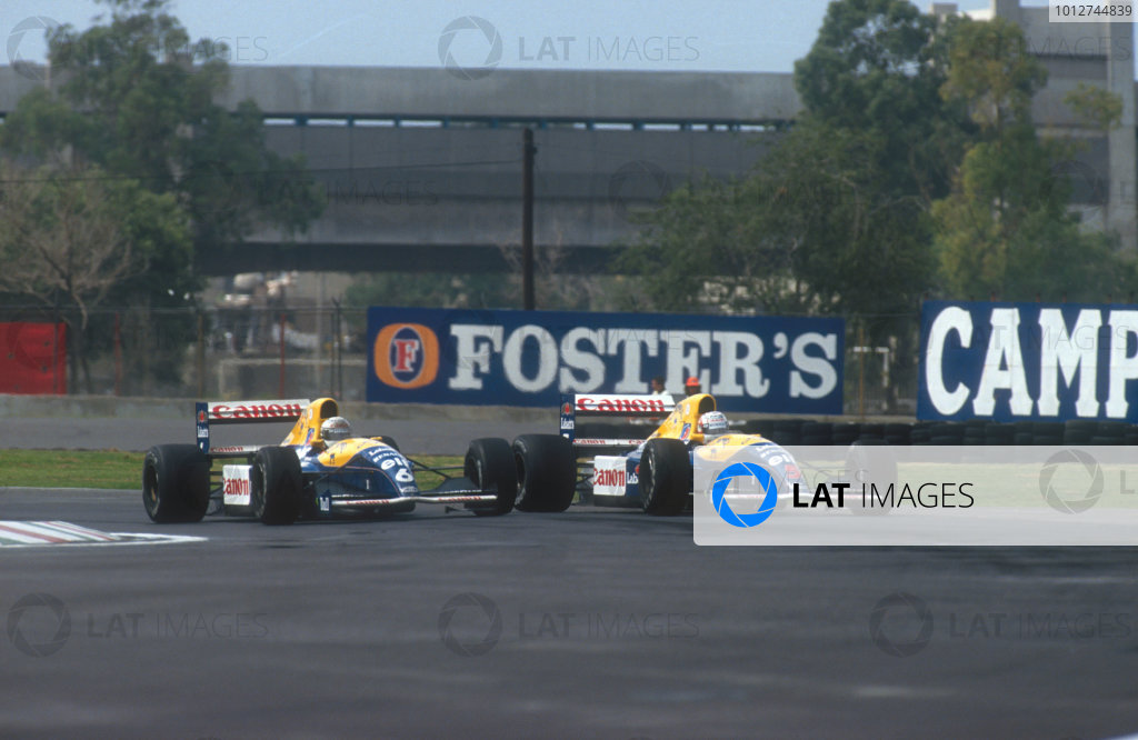 1991 Mexican Grand Prix.Mexico City, Mexico.14-16 June 1991.Nigel Mansell battles with teammate Riccardo Patrese (both Williams FW14 Renault's). They finished in 2nd and 1st positions respectivelyRef-91 MEX 02.World Copyright - LAT Photographic