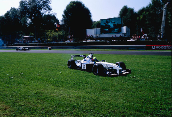 2002 Italian Grand PrixMonza, Italy. 14th - 16th September 2002Ralf Schumacher, BMW Williams FW24, retires with a blown engine.World Copyright - LAT Photographicref: 35mm Transparency 02_ITA_13