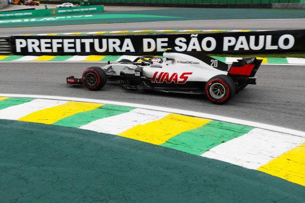 Kevin Magnussen, Haas F1 Team VF-18 Ferrari.