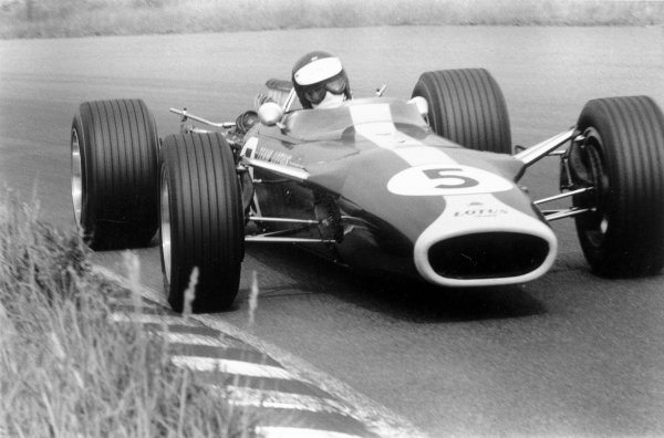 1967 Dutch Grand Prix.Zandvoort, Holland. 4 June 1967.Jim Clark (Lotus 49-Ford Cosworth), 1st position. Ref-552E #16A.World Copyright - LAT Photographic