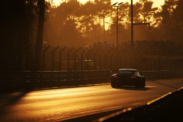 2017 Le Mans 24 Hours Circuit de la Sarthe, Le Mans, France. Sunday 18th  June 2017 #77 Dempsey-Proton Racing Porsche 911 RSR (991): Christian Ried, Matteo Cairoli, Marvin Dienst  World Copyright: JEP/LAT Images