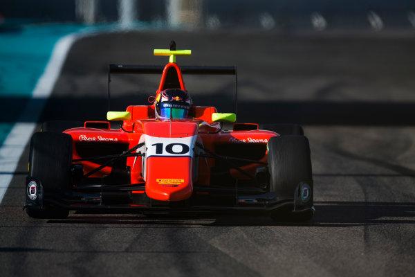 2016 GP3 Series Test 5. Yas Marina Circuit, Abu Dhabi, United Arab Emirates. Wednesday 30 November 2016. Niko Kari (FIN, Arden International)  Photo: Sam Bloxham/GP3 Series Media Service. ref: Digital Image _SLA1372