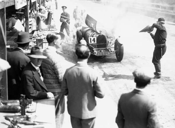 1929 Irish Grand Prix. Phoenix Park, Dublin. 12th - 13th July 1929.  Car number 14, catches fire in the pit lane, action. World Copyright: LAT Photographic.