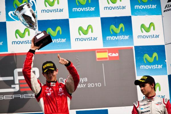 Circuit de Catalunya, Spain. 9th May 2010. Sunday Race. Alexander Rossi (USA, ART Grand Prix) celebrates victory on the podium with Esteban Gutierrez, (MEX, ART Grand Prix). Portrait. Photo: Drew Gibson/GP3 Media Service. Digital Image _Y9E0242