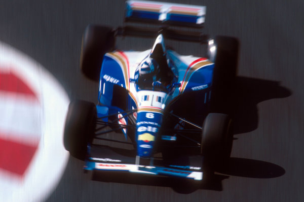 Magny-Cours, France.30/6-2/7 1995.David Coulthard (Williams FW17 Renault) 3rd position.Ref-95 FRA 16.World Copyright - LAT Photographic
