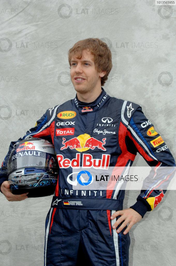 Albert Park, Melbourne, Australia24th March 2011.Sebastian Vettel, Red Bull Racing RB7 Renault.World Copyright: John Townsend/LAT Photographicref: Digital Image JTX_7029
