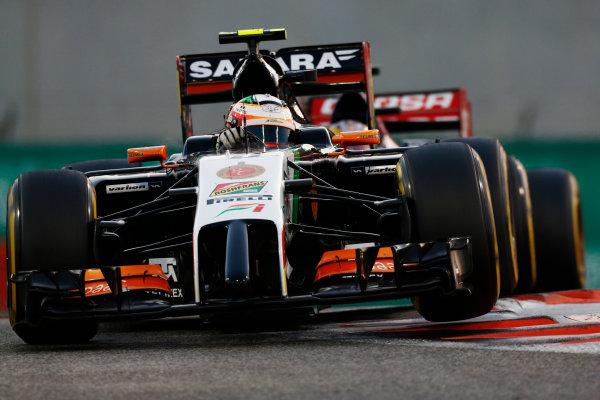Yas Marina Circuit, Abu Dhabi, United Arab Emirates. Sunday 23 November 2014. Sergio Perez, Force India VJM07 Mercedes. World Copyright: Sam Bloxham/LAT Photographic. ref: Digital Image _SBL6900