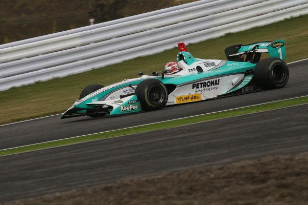 Suzuka, Japan. 9th - 10th November 2013. Rd 7. Race 2. Winner Kazuki Nakajima ( #1 PETRONAS TEAM TOM'S ) action World Copyright: Yasushi Ishihara/LAT Photographic. Ref: 2013SF_Rd7_018
