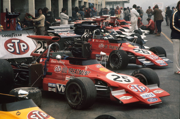 1972 Canadian Grand Prix.  Mosport, Canada. 22-24th September 1972.  Cars lined up in the pits including the March 721G Fords of Ronnie Peterson and Niki Lauda.  Ref: 72CAN17. World Copyright: LAT Photographic