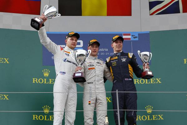 (L to R): Sergey Sirotkin (RUS) Rapax, race winner Stoffel Vandoorne (BEL) ART Grand Prix and Alex Lynn (GBR) DAMS celebrate on thye podium with the trophy at GP2 Series, Rd4, Spielberg, Austria, 19-21 June 2015.