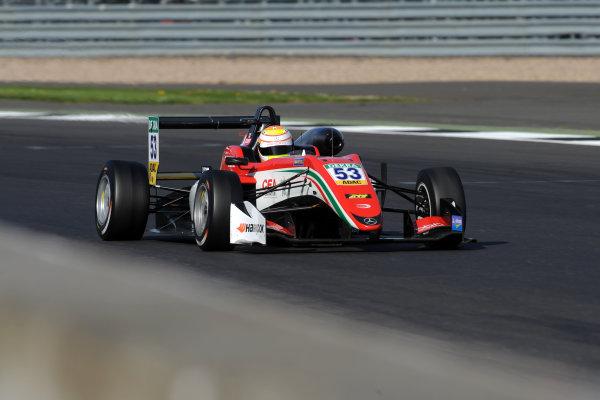2017 FIA Formula 3 European Championship. Round 1 - Silverstone, UK. Sunday 16 April 2017. Callum Ilott, Prema Powerteam, Dallara F317 - Mercedes-Benz World Copyright: Ebrey/LAT Images ref: Digital Image PM3_5676