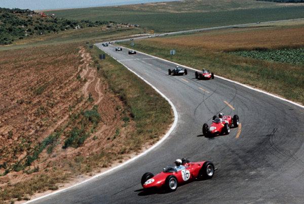 Phil Hill (USA) Ferrari 156, leads team mate Wolfgang  von Trips(GER) Ferrari 156. French Grand Prix, Rd4, Reims, France, 2 July 1961.
