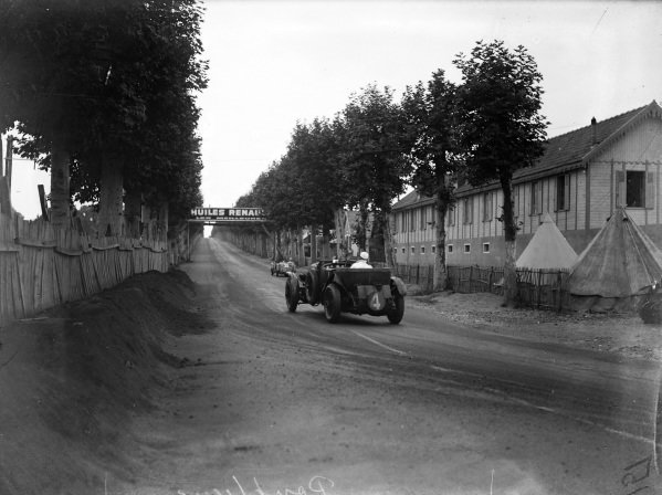 Woolf Barnato / Glen Kidston, Team Bentley, Bentley Speed Six, chases Roger Bourcier / Louis Debeugny, Automobiles Tracta, Tracta Type A.