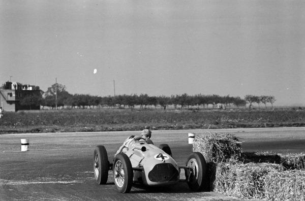 Philippe Étancelin, Talbot T26C.