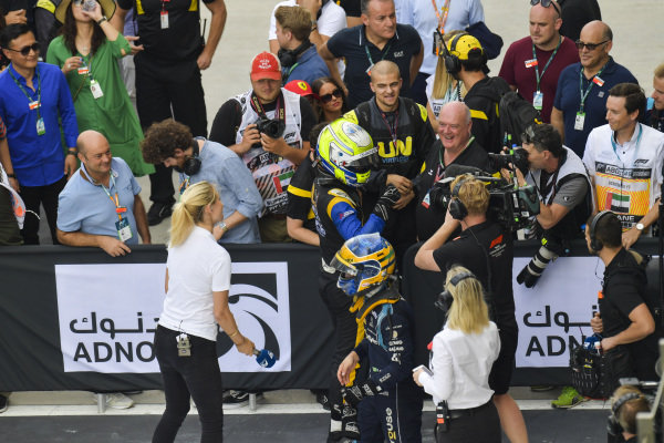 Luca Ghiotto (ITA, UNI VIRTUOSI) celebrates victory in parc ferme with team owner Declan Lohan