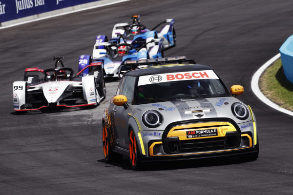 The Safety Car leads Pascal Wehrlein (DEU), Tag Heuer Porsche, Porsche 99X Electric, Maximilian Guenther (DEU), BMW I Andretti Motorsports, BMW iFE.21, and Jake Dennis (GBR), BMW I Andretti Motorsport, BMW iFE.21