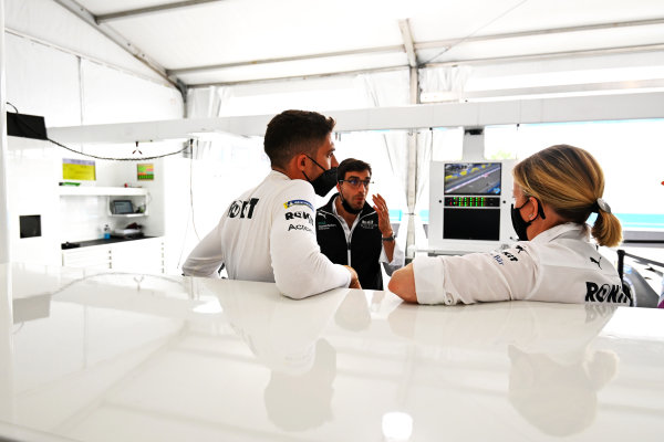 Edoardo Mortara (CHE), Venturi Racing, Jerome d'Ambrosio, Deputy Team Principal, Venturi Racing, and Susie Wolff, Team Principal, Venturi Racing