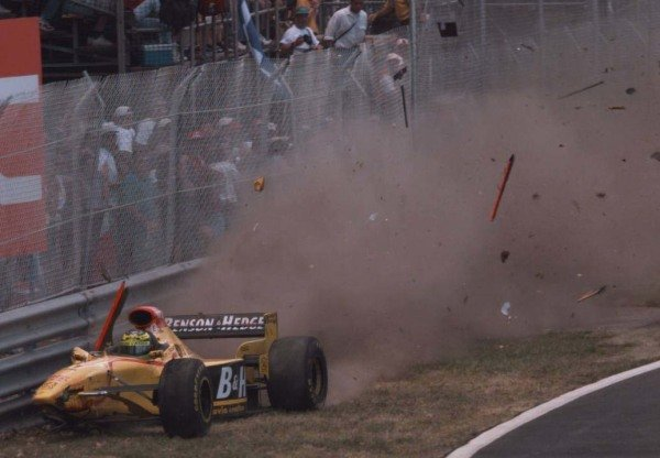 1997 Canadian Grand Prix.Montreal, Quebec, Canada.13-15 June 1997.Ralf Schumacher (Jordan 197 Peugeot) crashes heavily.World Copyright - LAT Photographic