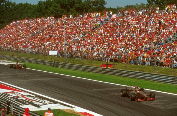 Monza, Italy.6-8 September 1996.Martin Brundle (Jordan 196 Peugeot) 4th position leads teammate Rubens Barrichello, 5th position into Parabolica.Ref-96 ITA 20.World Copyright - LAT Photographic