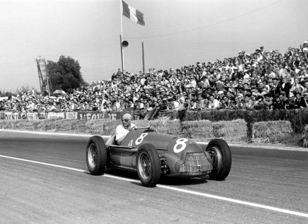 1951 French Grand PrixReims, France. 1951Race winner Juan Manuel Fangio (Alfa Romeo 159A), action.World Copyright: LAT Photographicref: 51/32_15