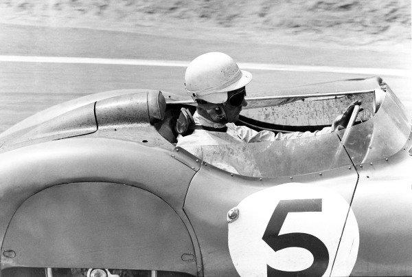 1959 Le Mans 24 hours. Le Mans, France. 20-21 June 1959. Roy Salvadori/Carroll Shelby (Aston Martin DBR 1), 1st position, action.  Ref: C55975. World Copyright: LAT Photographic.