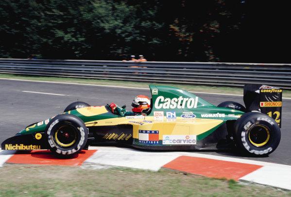 1992 Belgian Grand Prix.Spa-Francorchamps, Belgium. 28-30 August 1992.Johnny Herbert (Lotus 107 Ford).Ref-92 BEL 27.World Copyright - LAT Photographic