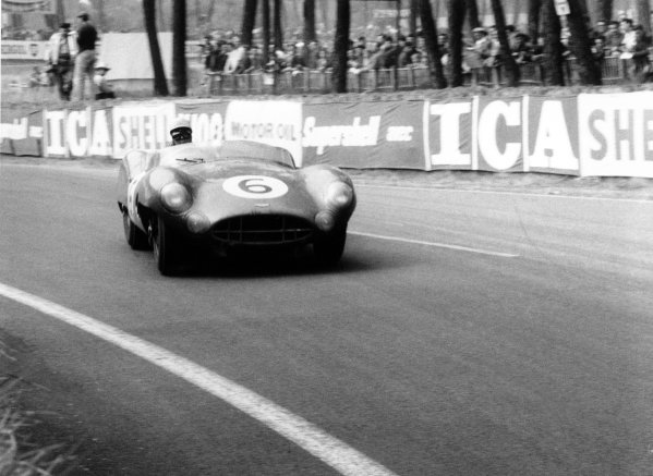 1959 Le Mans 24 hours.Le Mans, France. 20-21 June 1959.Paul Frere (pictured)/Maurice Trintignant, Aston Martin DBR1, 2nd position, action.World Copyright: LAT PhotographicRef: 578/7A