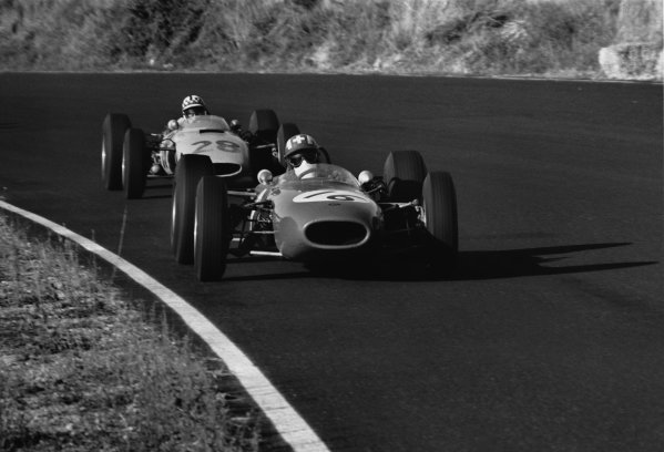 Enna-Pergusa, Sicily, Italy. 16th August 1964.Jo Siffert, Brabham-BRM, 1st position, leads Innes Ireland, BRP-BRM, 3rd position, action. Ref: 909 - 7World Copyright: LAT Photographic