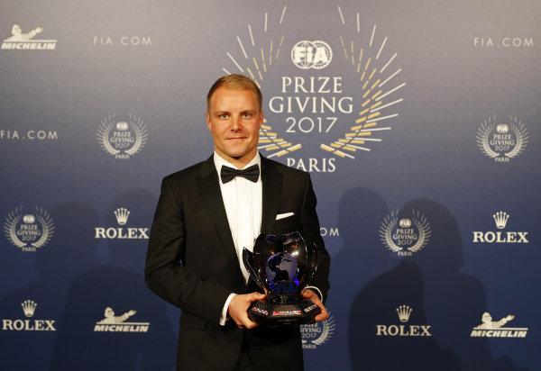 FIA Prize Giving Versailles, France. December 8, 2017. Valterri Bottas during the FIA Prize Giving at Versailles. World Copyright: Florent Gooden / DPPI / FIA Image ref: Digital image auto---fia-prize-giving---versailles-2017_38932386051_o
