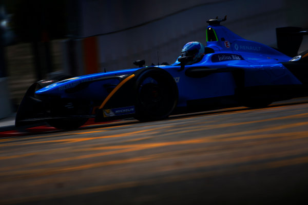 Suzuka Circuit, Japan. Sunday 09 October 2016. Nico Prost (8, Renault e.dams) World Copyright: Zak Mauger/LAT Photographic ref: Digital Image _L0U0967