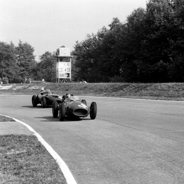 1958 Italian Grand Prix. Monza, Italy. 5-7 September 1958. Mike Hawthorn (Ferrari Dino 246) at Parabolica, action. Ref-2447. World Copyright - LAT Photographic