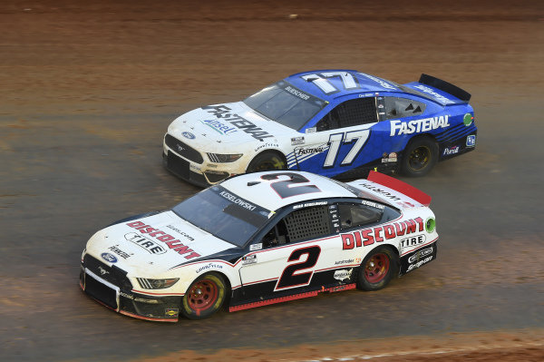 #2: Brad Keselowski, Team Penske, Ford Mustang Discount Tire, #17: Chris Buescher, Roush Fenway Racing, Ford Mustang Fastenal