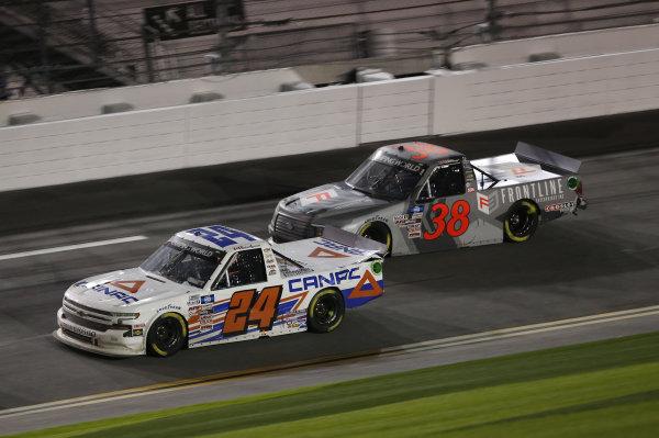 #24: Raphael Lessard, GMS Racing, Chevrolet Silverado CANAC, #38: Todd Gilliland, Front Row Motorsports, Ford F-150 Frontline