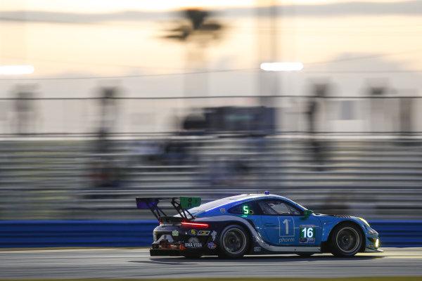 #16 Wright Motorsports Porsche 911 GT3 R, GTD: Patrick Long, Trent Hindman, Klaus Bachler, Jan Heylen