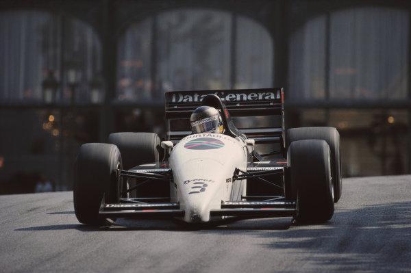 Jonathan Palmer, Tyrrell DG016 Ford.