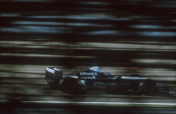 2001 United States Grand Prix.Indianapolis, Indiana, USA.28-30 September 2001.Juan-Pablo Montoya (Williams FW23 BMW). He exited the race when his oil pump hydraulics failed.Ref-01 USA 05.World Copyright - LAT Photographic