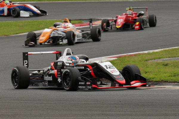 Ukyo Sasahara. THREEBOND, Dallara F318 ThreeBond Tomei, 3rd position.