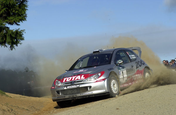 2001 World Rally Championship.Rally of New Zealand. September 20-23, 2001.Auckland, New Zealand.Marcus Gronholm on stage 1.Photo: Ralph Hardwick/LAT