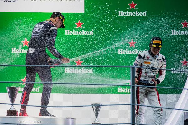 2017 FIA Formula 2 Round 9. Autodromo Nazionale di Monza, Monza, Italy. Saturday 2 September 2017. Luca Ghiotto (ITA, RUSSIAN TIME), Nobuharu Matsushita (JPN, ART Grand Prix).  Photo: Zak Mauger/FIA Formula 2. ref: Digital Image _T9I0874
