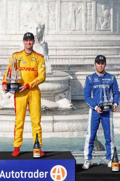 Ryan Hunter-Reay, Andretti Autosport Honda, Ed Jones, Chip Ganassi Racing Honda, podium