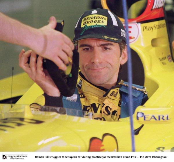1998 Brazilian Grand Prix.Interlagos, Sao Paulo, Brazil.27-29 March 1998.Damon Hill (Jordan 198 Mugen Honda).World Copyright - Steve Etherington/LAT Photographic