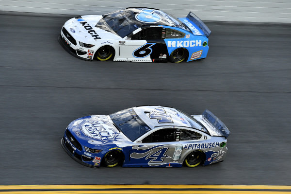 #4: Kevin Harvick, Stewart-Haas Racing, Ford Mustang Busch Light #PIT4BUSCH and #6: Ryan Newman, Roush Fenway Racing, Ford Mustang Koch Industries